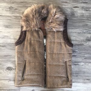 BB Dakota Vest